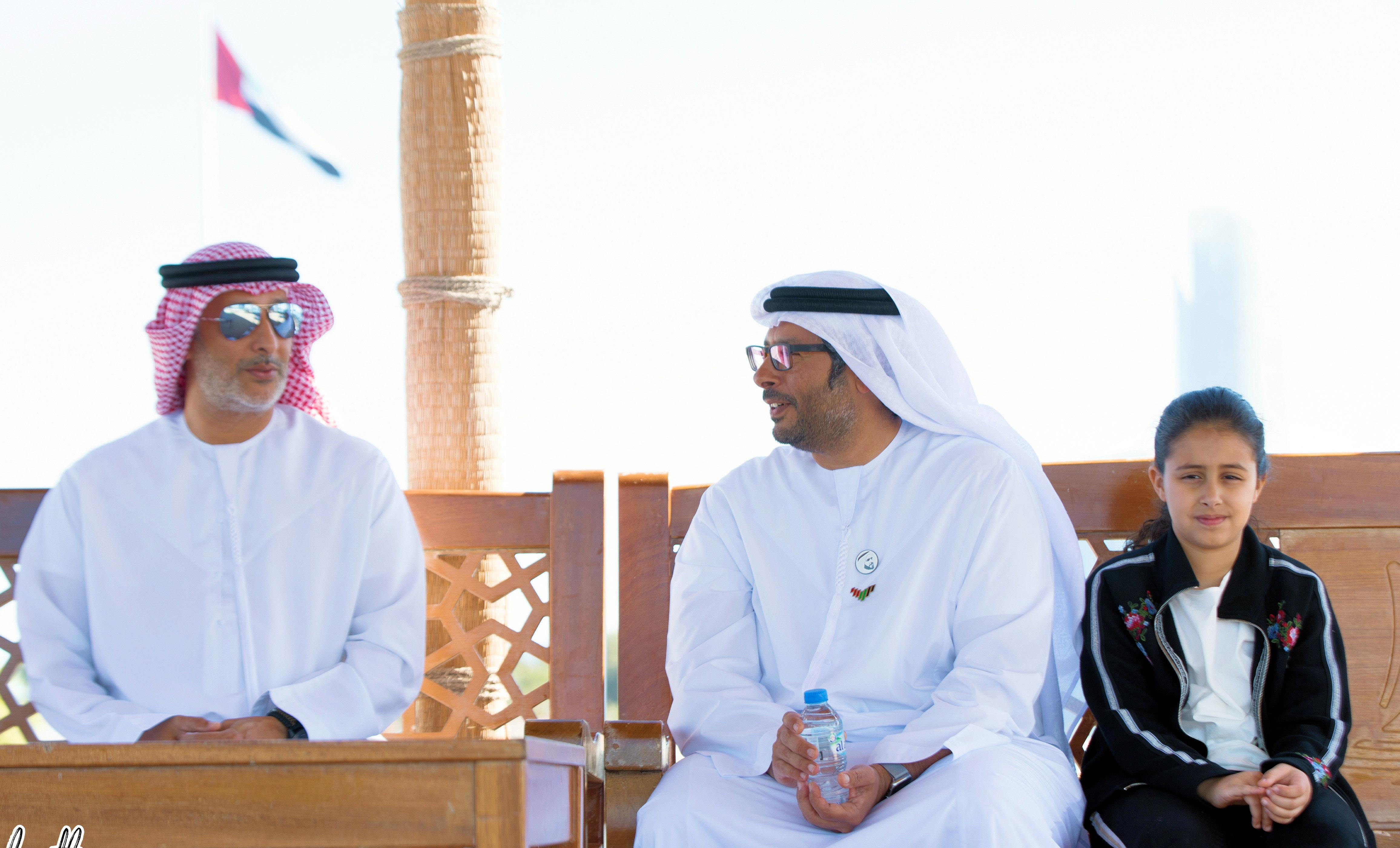 Ahmed bin Hamdan and Hareb discuss Kitesurfing championships