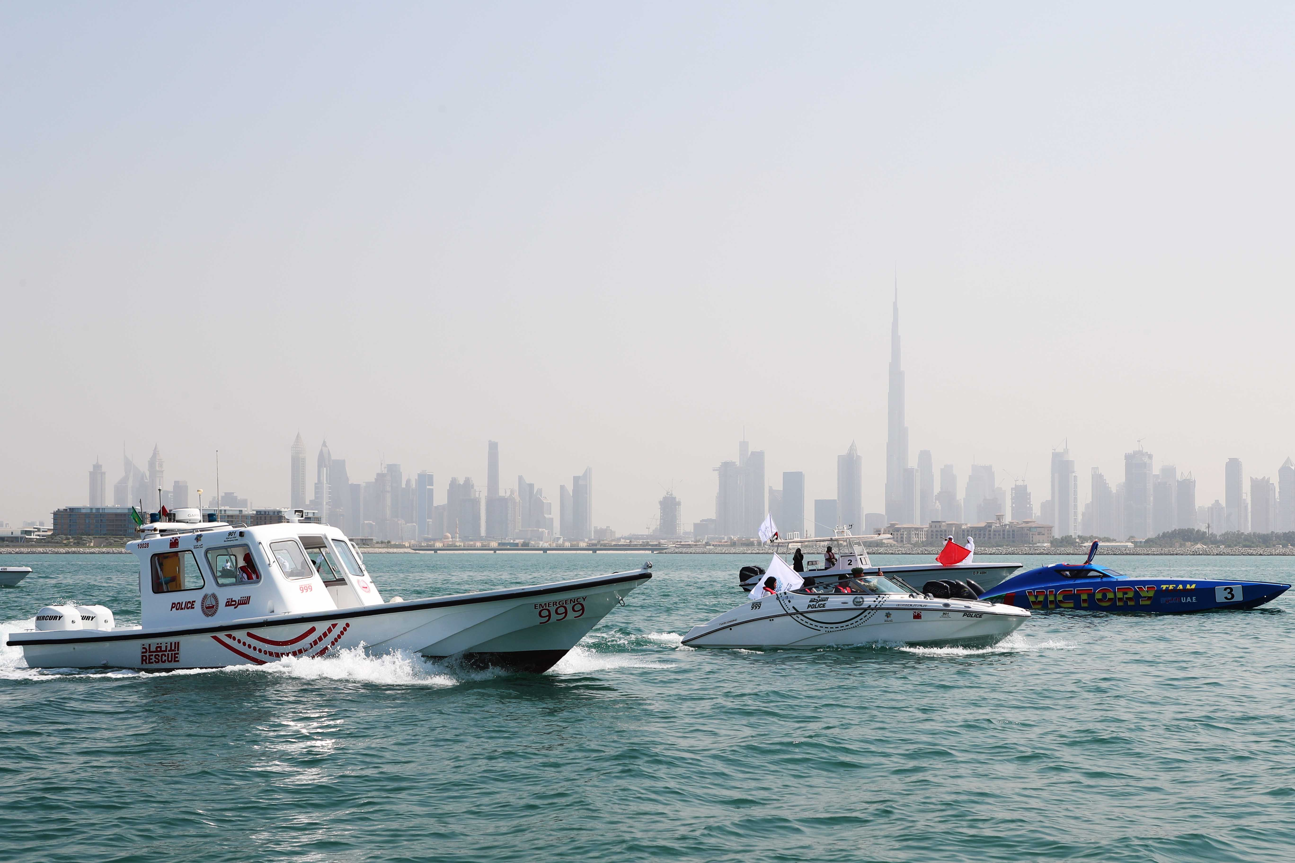 Blue Caravan embellish the Shore of Jumeirah with various Marine Sports People