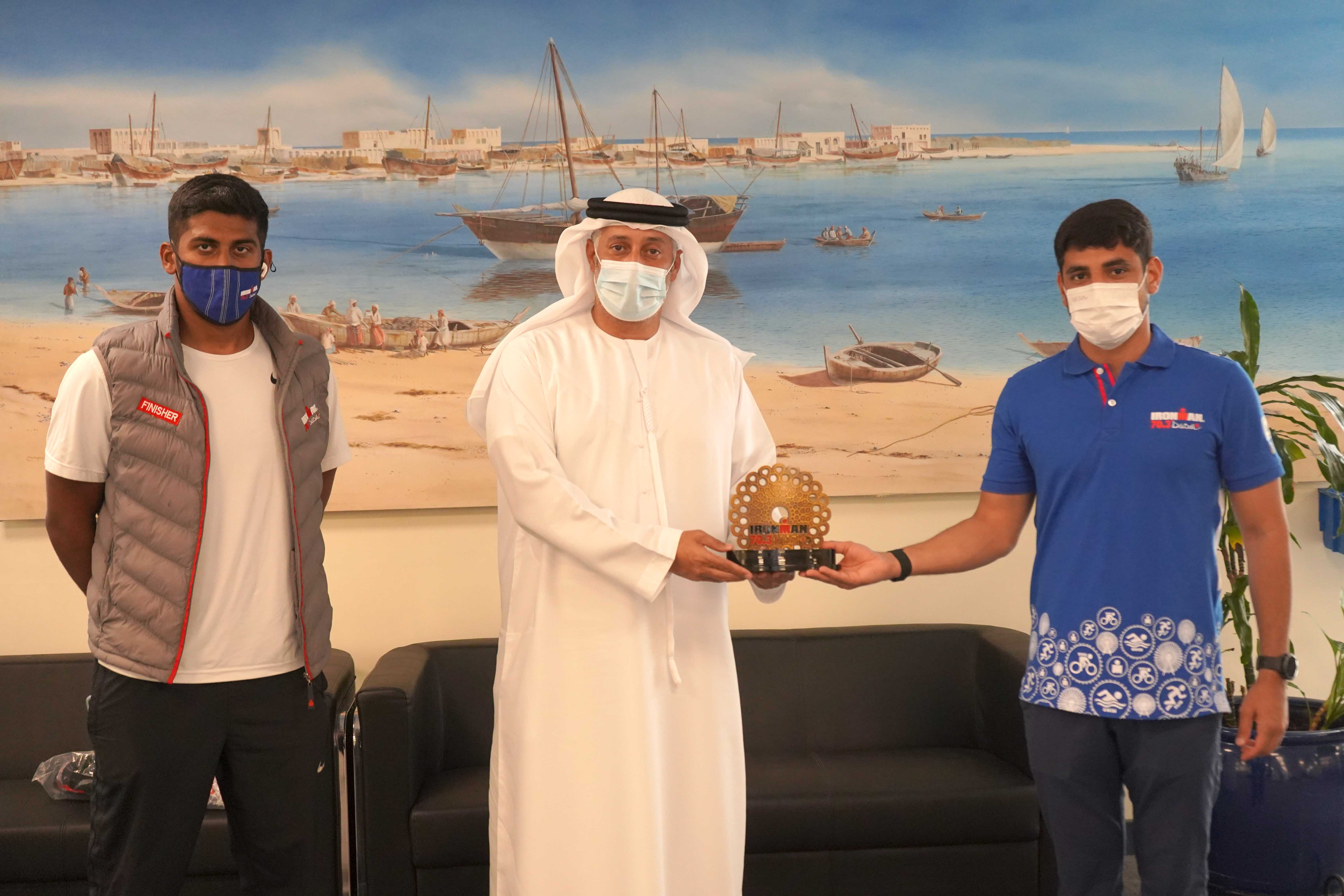 DIMC receive commemorative shield from Dubai Iron Man