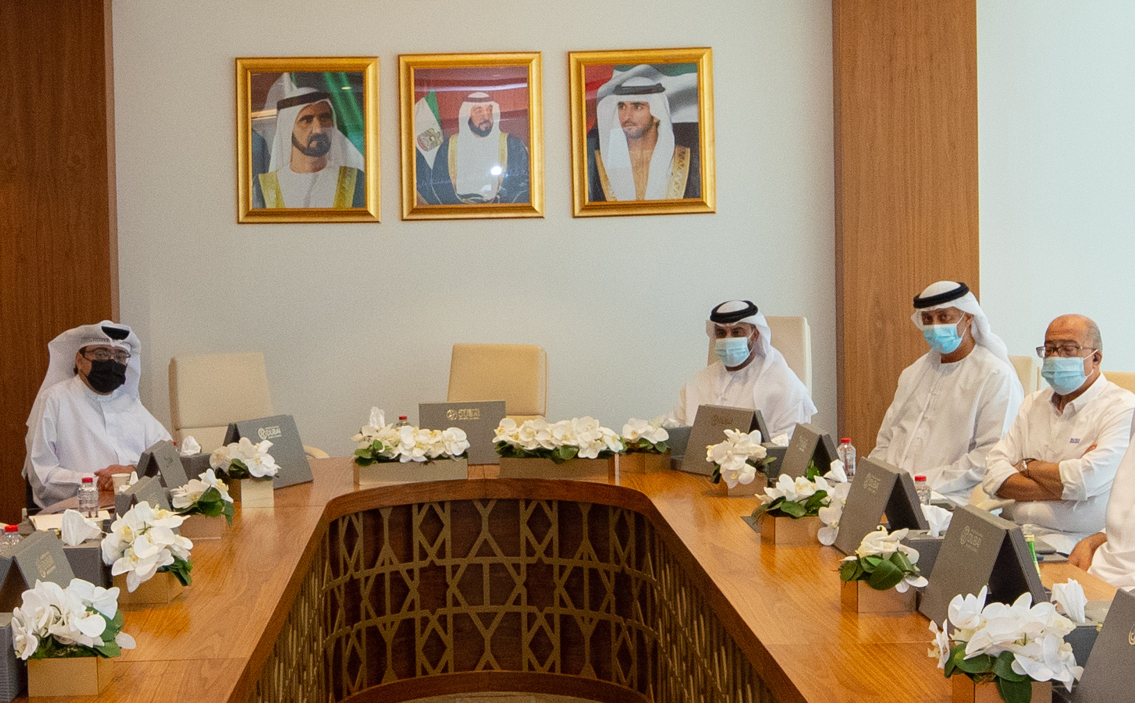 Dubai Sports Council discusses decree to support Emirati personnel with clubs and companies