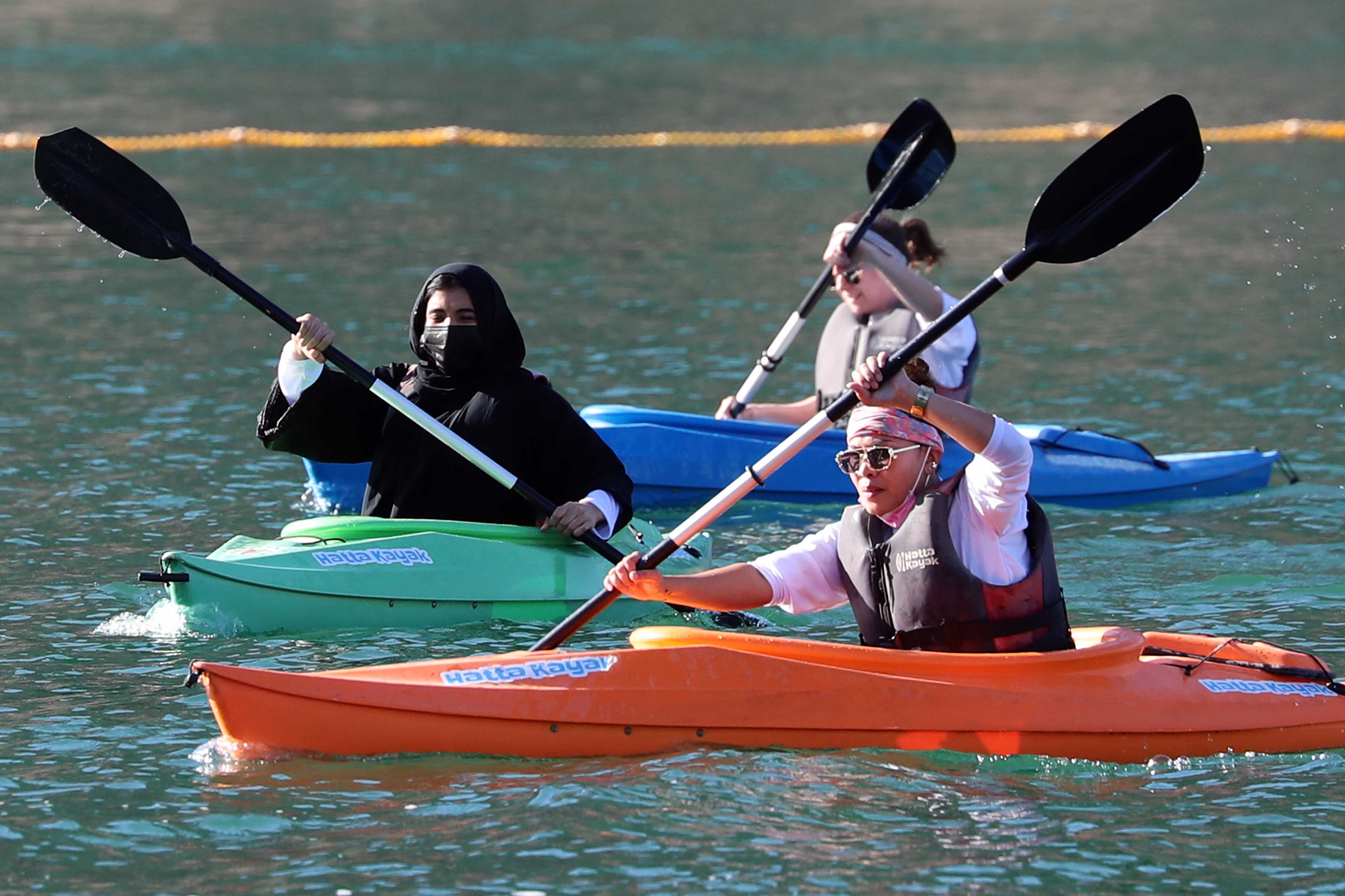 Hatta Witnessed the Rhythm of Paddling and Kayak Race
